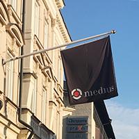 Fasadflaggor är reklamflaggor som exponerar ditt företag i stadsmiljöer!